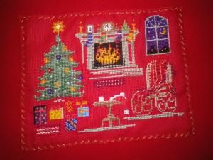 coussin brodé de Noël imgp1623-300x225